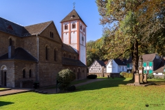 St Pankratius Frontansicht - Odenthal