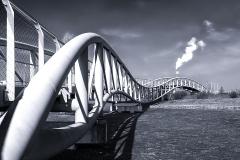 Neulandbrücke in s/w - Leverkusen
