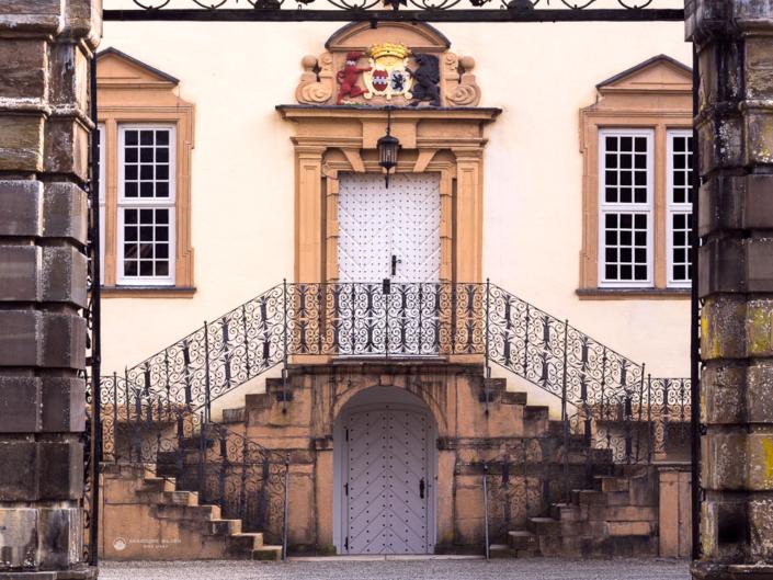Schloss Ehreshoven Eingang