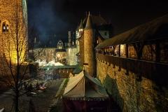 Adventsbasar auf Schloss Burg - Solingen