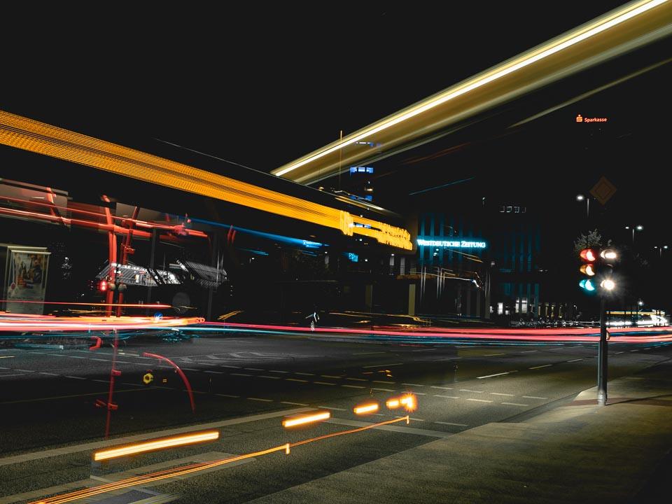 Lichtspuren in Wuppertal
