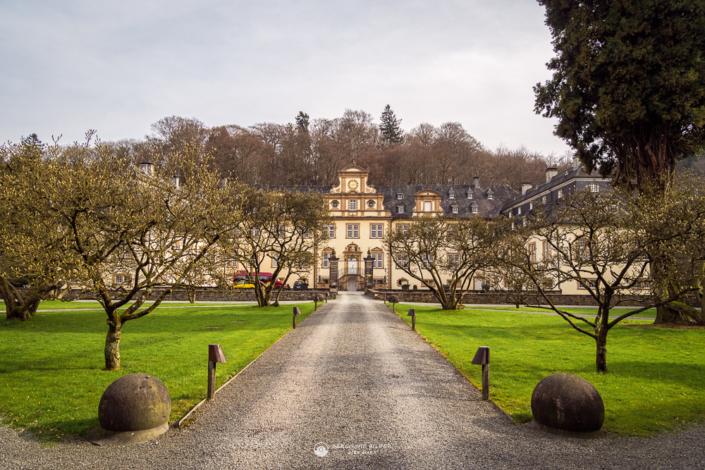 Schloss Ehreshoven Totale