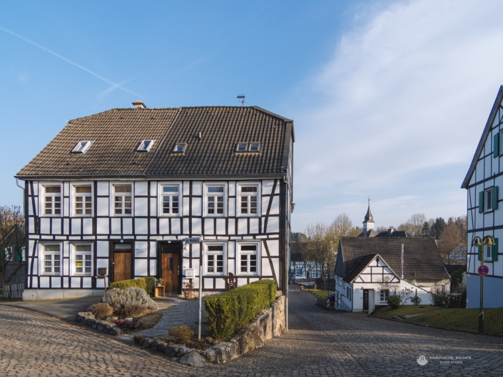Haan - Gruiten Dorf - Am Weinberg