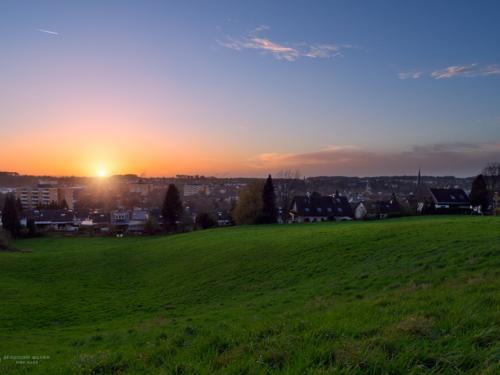 Sonnenuntergang an der Landrat-Trimborn-Str