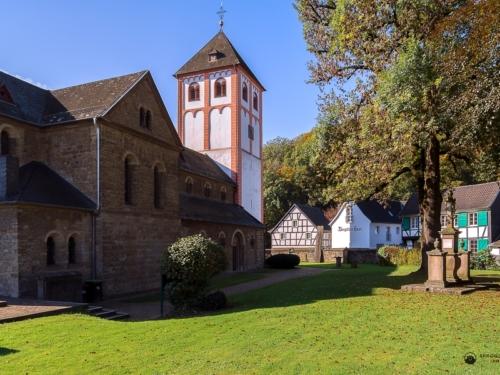 St. Pankratius im Herbst