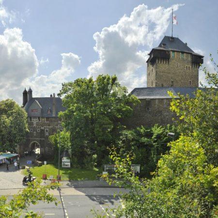 Schloss Burg Eingangstor
