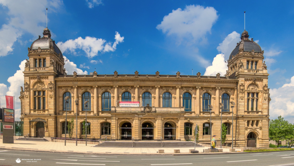 Historische Stadthalle Frontal
