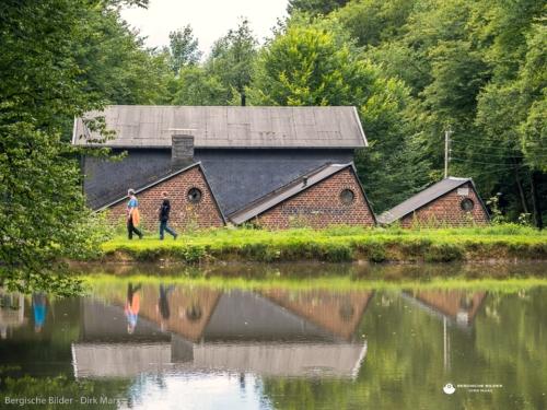 Kaltenbacher Kotten (Manuelskotten) Spiegelung