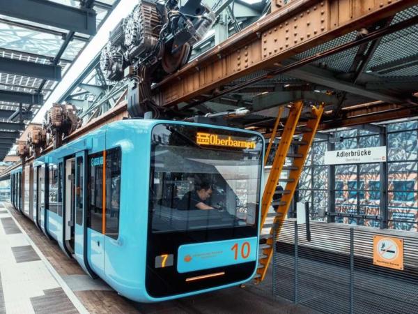 GTW14 an der Adlerbrücke